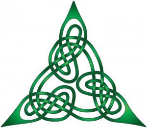 Nudos celtas formando un triángulo